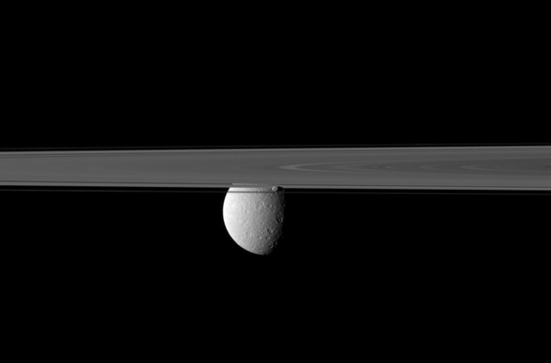 cassini_rhea_prometheus