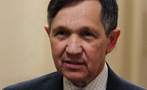 Dennis Kucinich Is Suing President Obama. Can Just Anyone Do That?